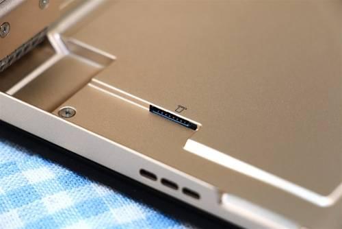 2 in 1 平板開啟新浪潮 結合筆電與平板優勢 Lenovo Miix 700開箱