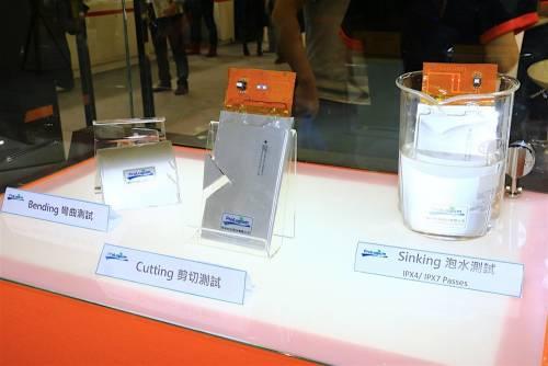 輝能科技ProLogium於2016 Computex中展出更輕薄 更安全 具可彎曲特性固態鋰電池