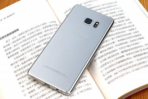 Samsung Galaxy Note 7 開箱動手玩 加入防水讓實用性更全面