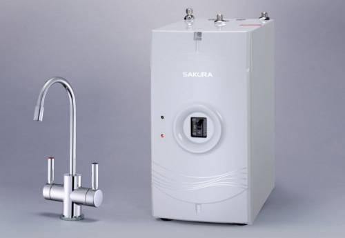 使用廚下加熱器 隨時喝熱水不必等