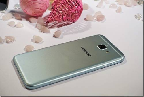 Samsung Galaxy A8 2016 在台上市 中階價格高階效能