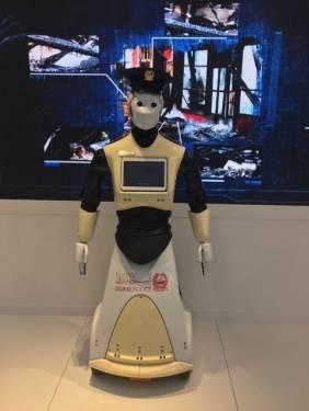 太狂了 機器人警察即將現身於杜拜街頭