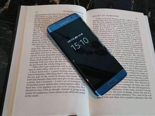 三星推出首款新色「冰湖藍」 11月初正式開賣