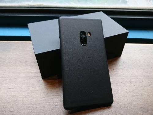 [搶先看] 找回初衷的小米 概念手機MIX開箱!