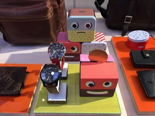 Fossil Q兩款智慧手錶 時尚X科技的結晶