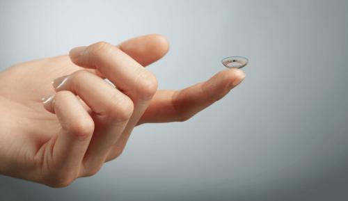 Google智慧隱形眼鏡臨床實驗延後 對焦功能也將移除