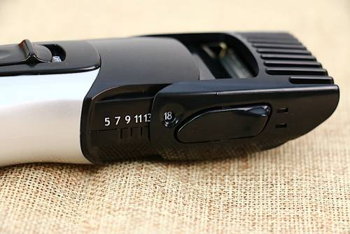 開箱 用更有效率可水洗的 URBANER MB-333 來修剪你的大鬍子