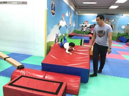 [1Y10M] 飛奇兒 Fly Kids 體操教學初體驗 歡樂又安全