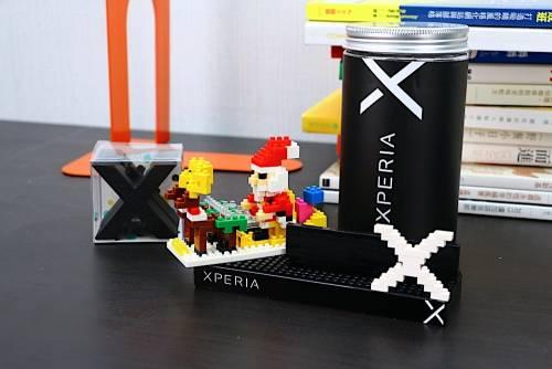 超療癒桌上小物 Sony Xperia 聖誕積木造型手機架開箱動手玩