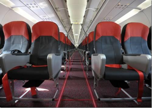 比基尼空姐在這裡 Vietjet 越捷航空 0 元起機票熱賣中