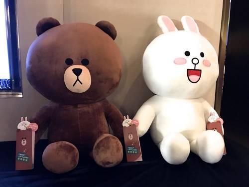 中國信託推出LINE Pay卡 還能抽110cm的熊大兔兔玩偶組