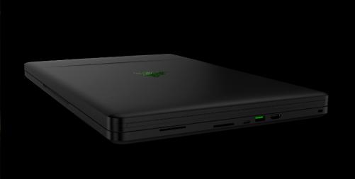 全球首款 Razer Project Valerie 有三個4K螢幕的筆電
