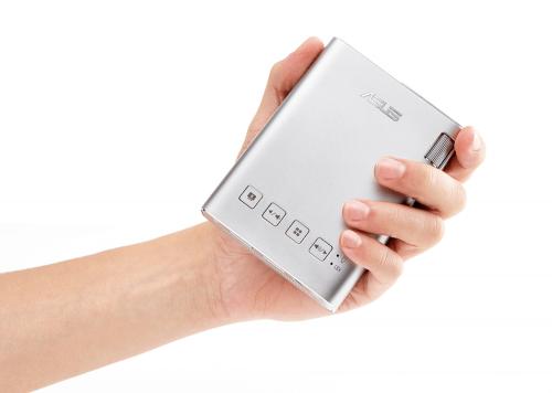 華碩推出全新掌上型LED投影機—ASUS ZenBeam E1