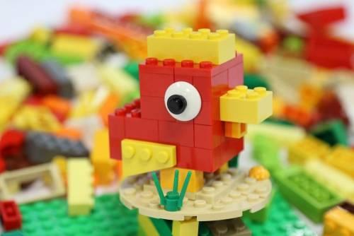 三創新春好心「雞」 打造積木玩樂天堂