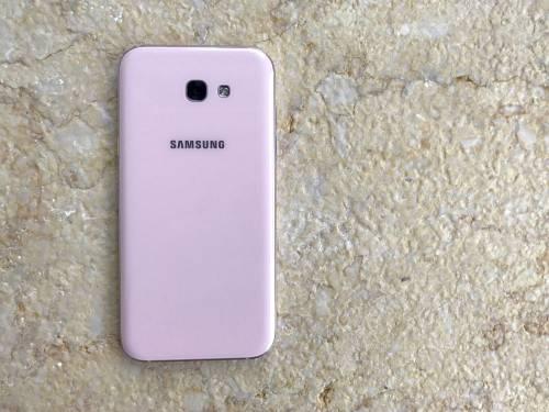 粉色當道 Galaxy A7 A5 2017 「魅桃粉」打造早春視覺甜美感
