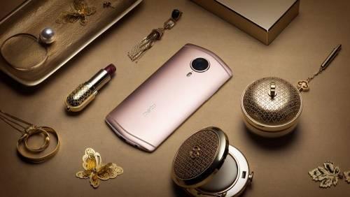 美圖T8正式發表 打造金屬魅力科技輕時尚
