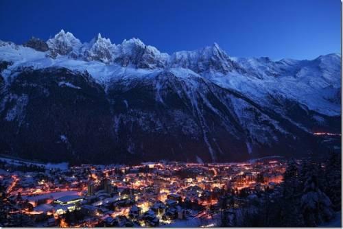 人類首度登上白朗峰 Mont Blanc 229 周年紀念