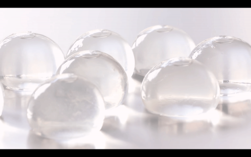 可食用容器 Ooho環保水球將取代寶特瓶