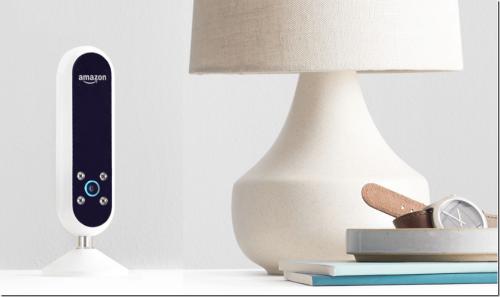Amazon 出新招 Echo Look 不只是你語音助理 還是穿搭助理