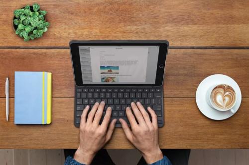 使用時間長達四年 羅技Logitech推出第五代iPad專用Slim Folio藍牙鍵盤