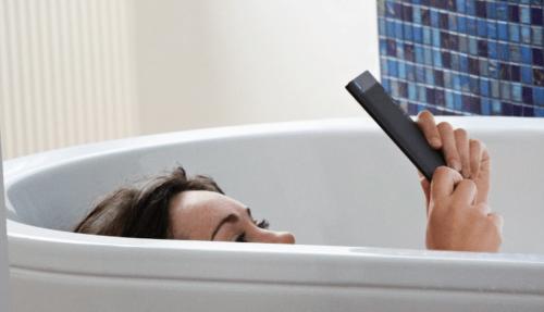 Kobo新款防水電子書 Aura H2O發表亮相