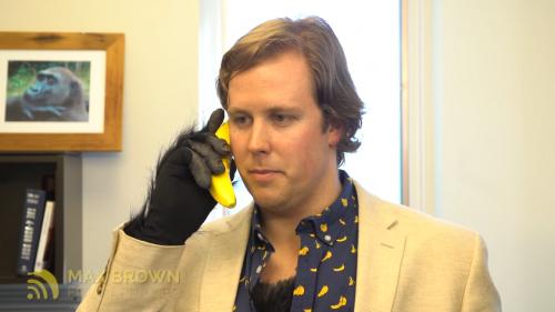 名符其實「香蕉機」 Banana Phone邀你一起拯救大猩猩