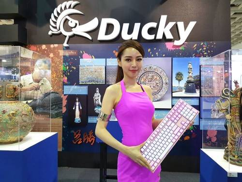 Ducky 再為大家展示機械式鍵盤的藝術精華!