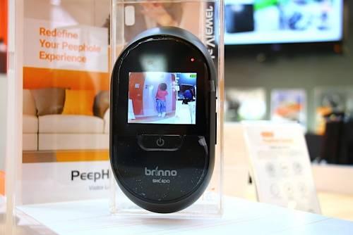 Brinno PeepHole Camera 方便實用的電子式貓眼