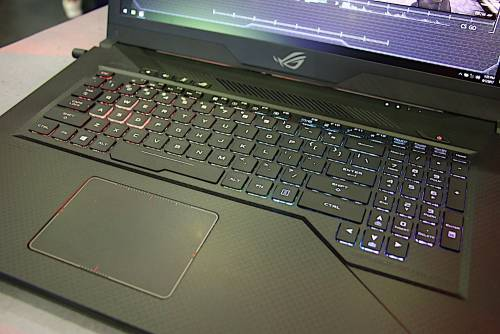 動手玩!ASUS STRIX GL503 STRIX HERO STRIX SCAR