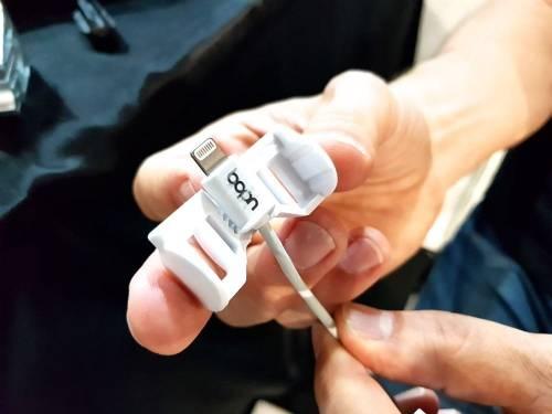 UDOQ 極簡多合一充電座 充電不用再一直被「羈絆」