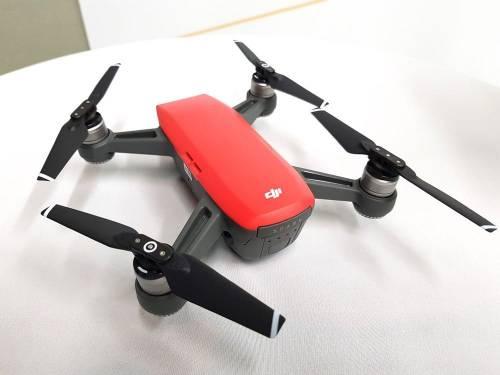 DJI掌上空拍機 Spark 首次試飛體驗分享(含影片)
