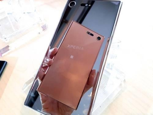 Sony Xperia Touch 與XZ Premium 鏡粉台灣開賣確定!