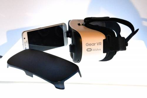 Samsung Gear VR NT 3 490 15日開賣