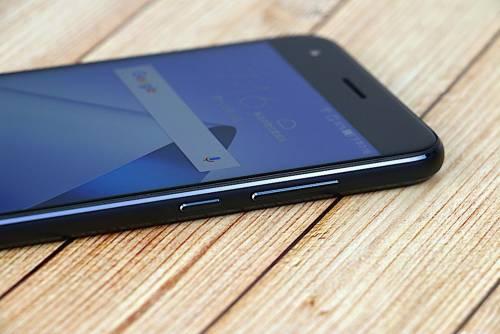 拍照能力大提升 ASUS ZenFone 4 雙鏡頭廣角智慧型手機 開箱動手玩