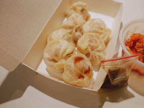 新竹出現薄皮小籠包!顛覆想像的新口味~譚師傅小籠包 關廟來的好味道!