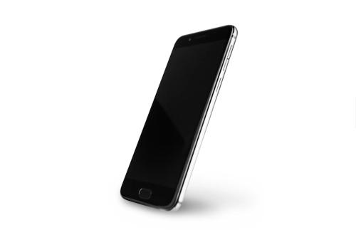 機身背蓋具備 5.2 吋 E-Ink 螢幕 YotaPhone 3 發表