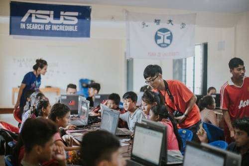 華碩2017國際志工團傳愛東南亞 非洲9國 延續數位包容計畫深入海外偏鄉