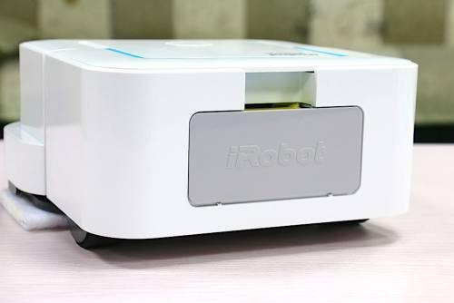 年節大掃除必備工具 iRobot Braava jet 240 拖地機器人開箱評測