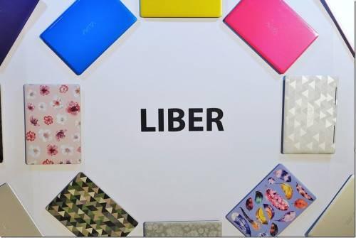 最多彩的筆電 AVITA LIBER LIBER Glamour 登台