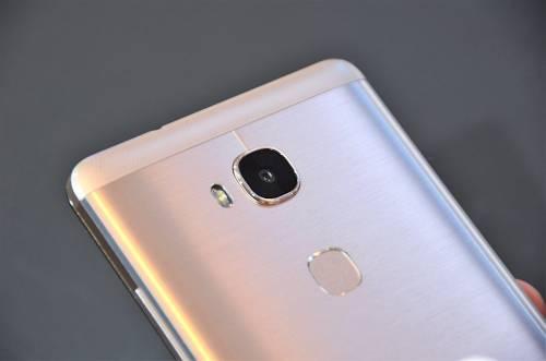 高規不貴的全金屬高 CP 值款智慧型手機 Huawei GR5 泰國曼谷亮相