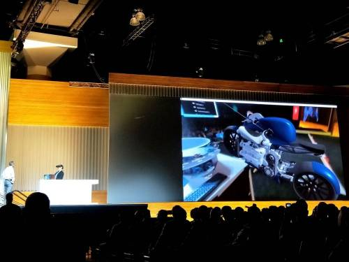 AR 頭戴式裝置 Meta 2 現身 SOLIDWORKS World 2018