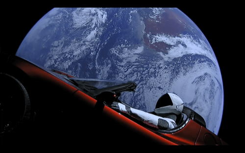 SpaceX Falcon Heavy試射成功 載著 Tesla 紅色跑車上太空