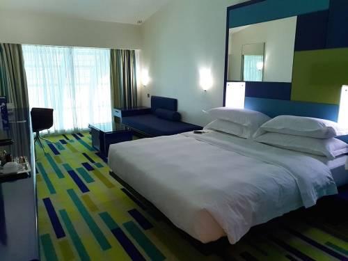 杜拜國際機場飯店 五星級的放鬆舒適轉機體驗