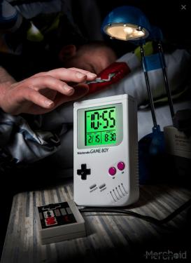誰說 Game Boy 只能打電動?現在還可以當作鬧鐘