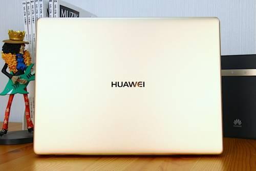 輕如鴻毛 薄如蟬翼 HUAWEI MateBook X 開箱動手玩