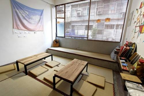 新竹背包客棧住宿推薦 城邊文旅 Warm 038; Wall: 帶你看見舊城新生命