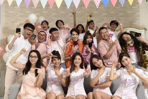 喜迎 R15 OPPO攜手蕭敬騰與多位YouTuber共同拍攝手勢舞
