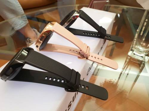 三星新一代智慧型手錶 Galaxy Watch 時尚智慧登場
