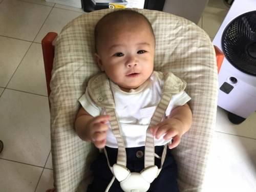 STOKKE成長椅Newborn Set 讓新生寶寶加入幸福用餐時刻