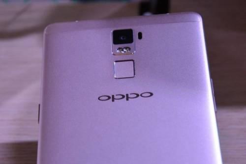 OPPO R7 金色亮麗登台 售價NT 10 990